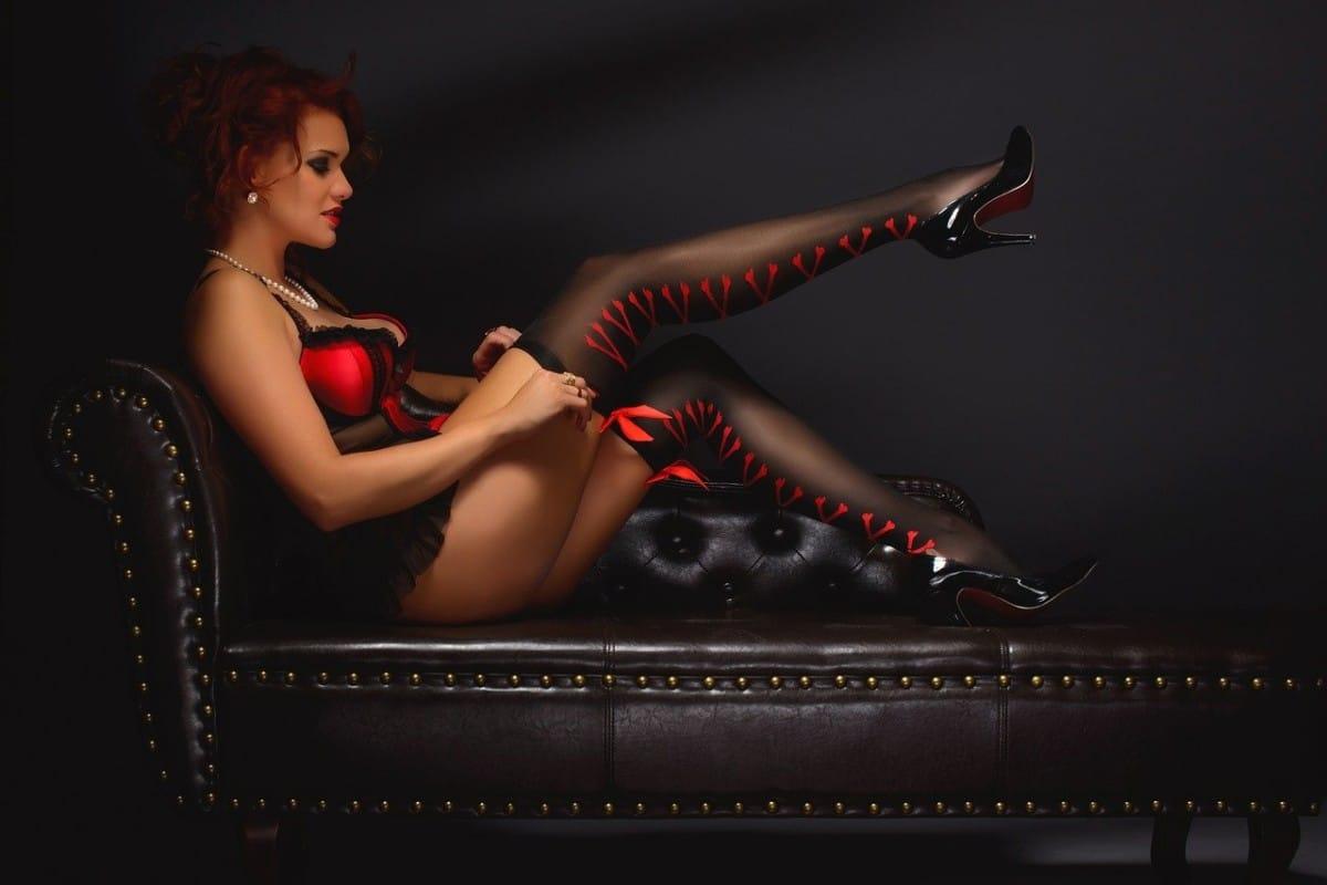 erotic-2704262_1280
