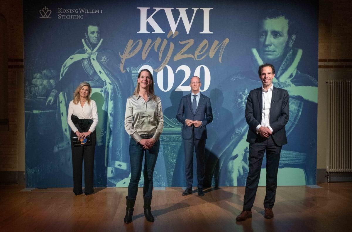 KW12020-winnaar plaquette