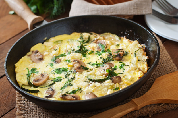 frittata-with-mushrooms-zucchini-cheese_2829-8507